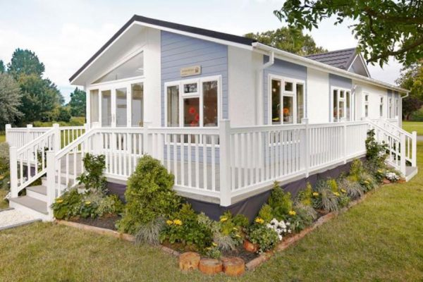 Willow Park Luxury Lodges Evesham park homes for sale