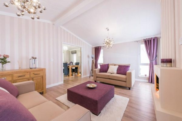 Willow Park Luxury Lodges Best mobile home park Warwickshire