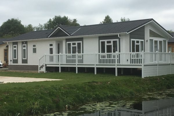 Omar Anniversary Willow Park Luxury Lodges Stratford on Avon park homes for sale
