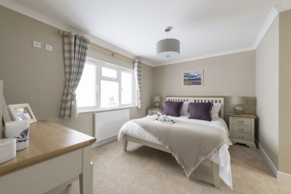 Willow Park Luxury Lodges Luxury homes on the Avon