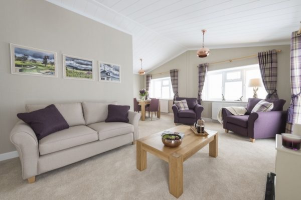 Willow Park Luxury Lodges Stratford on Avon park homes for sale